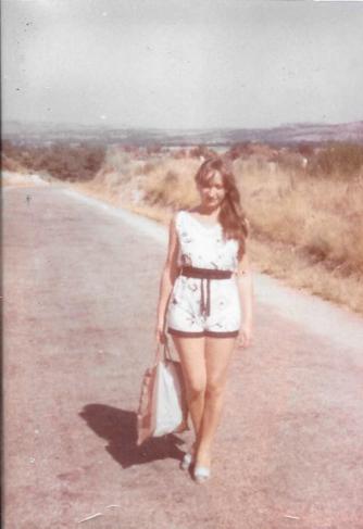 Foto de Mª Jesús Mandianes, en Baltar (Ourense) año 1985